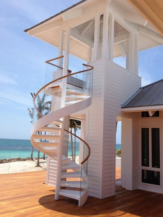 Thiết kế cầu thang xoắn ngoài trời đẹp nhất hiện nay - Mẫu 2