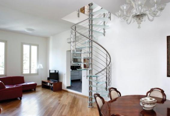 Thiết kế cầu thang xoắn trong nhà đẹp nhất hiện nay - Mẫu 1