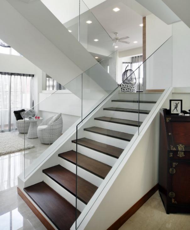 Mẫu cầu thang vách kính hiện đại