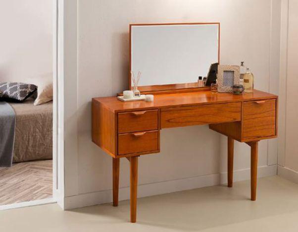 Mẫu bàn trang điểm gỗ gõ đẹp nhất hiện nay