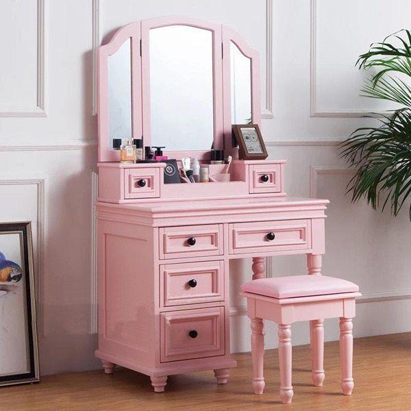 Mẫu bàn trang điểm màu hồng đẹp nhất hiện nay