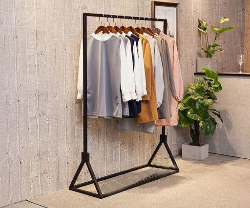 Mẫu giá treo quần áo bán hàng đẹp