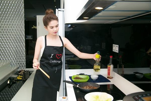 Kích thước của tủ nhà bếp dành cho phụ nữ Việt