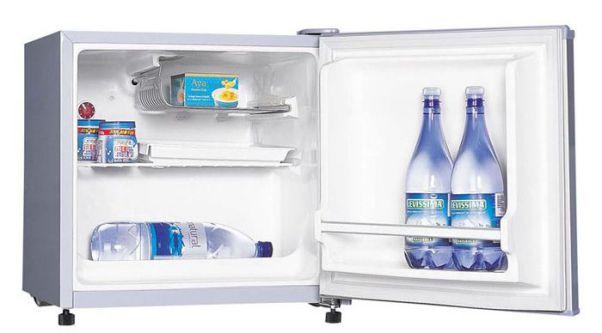 Tủ lạnh mini Electrolux EUM0500SB 46L
