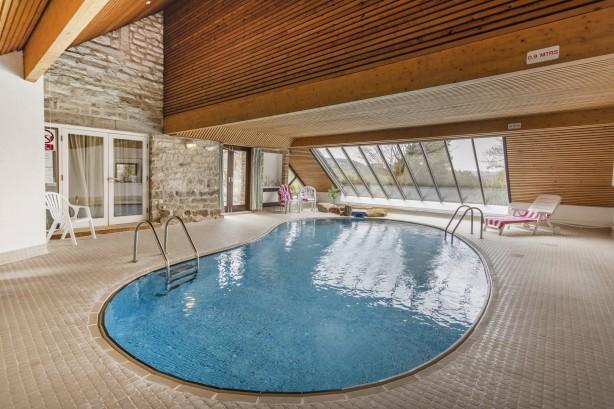 Kích thước và hình dạng thiết kế biệt thự có hồ bơi